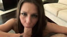 Buxom Rachel Roxxx works her lips on a big rod like only she knows how