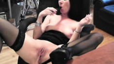 Enchanting brunette goes on cam to demonstrate some pussy self-love