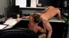 Buffed work buddies release some stress with an on-the-job quickie