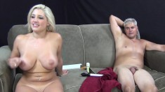 Dana Vendetta drills her cunt with sex toys and gives a great blowjob