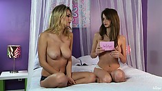 Obsessive Natalia is getting interviewed with naked, busty reporter