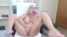 Amateur Big Boobs Blonde MILF Wife