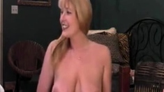 Hottest MILF EVER Squirting Creamy Pussy