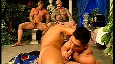 The king got tired of watching them fuck and grabbed a cock for himself